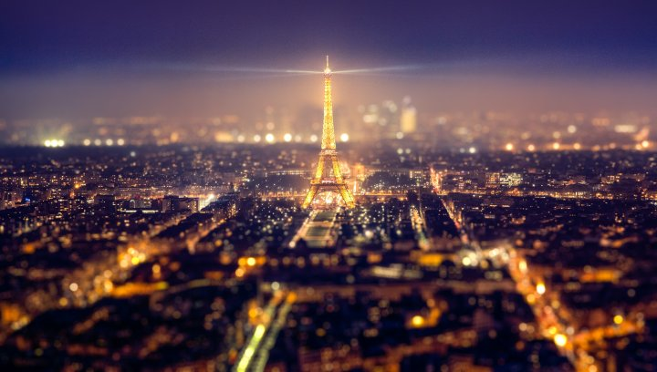 2982913-eiffel-tower-paris-night-tilt-shift___mixed-wallpapers