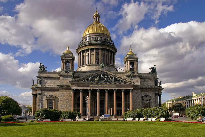 st-isaacs-cathedral-in-st-petersburg.jpg