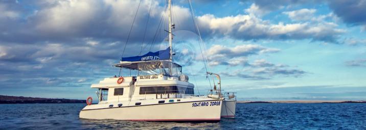 Lonesome-George-Galapagos-Catamaran